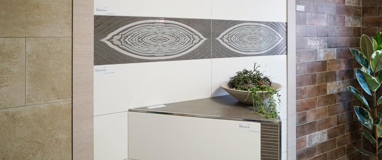 ausstellung ber 700qm fliesen ausstellung im landkreis lichtenfels fliesen galerie 2 0 in. Black Bedroom Furniture Sets. Home Design Ideas